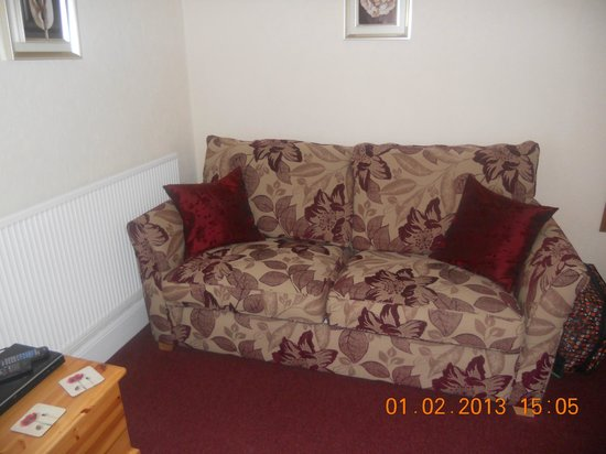 Fosters Guest House :                                     Settee in superior double room