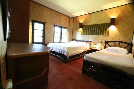Relax Bay Resort: Standard AC Type: with Double Bed and single bed