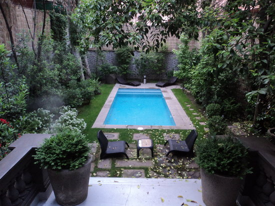 Lastarria Boutique Hotel:                   The pool