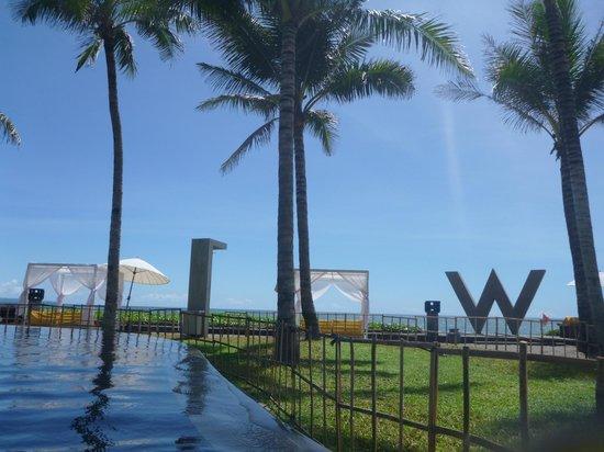 W Bali - Seminyak:                                     wet.