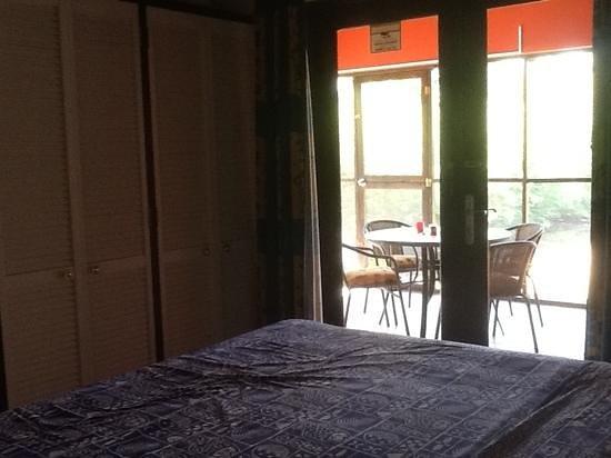 LacBaai: Mangrove's #1 enclosed porch