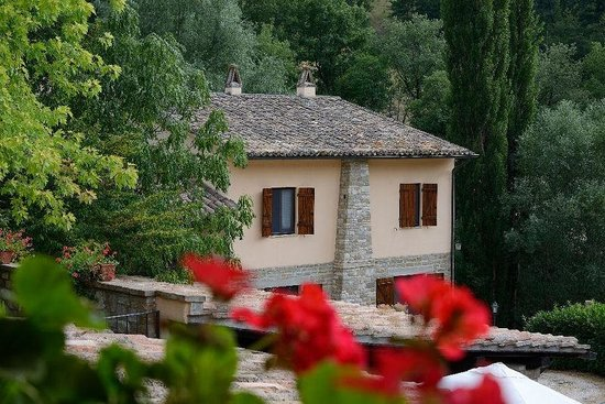 Le Querce di Assisi: once the old mill now rooms