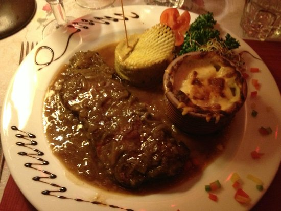 Le Chalet du Coucou:                   Faux Fillet Echalottes and gratin - lovely