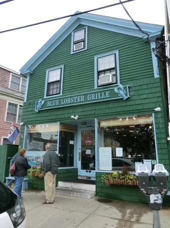 Bearskin Neck:                   shop