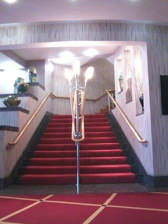 Tullamore Court Hotel:                   hotel inside