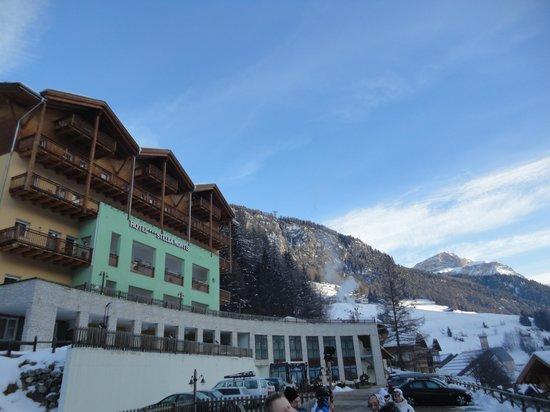 Hotel Stella Montis:                   panoramica albergo
