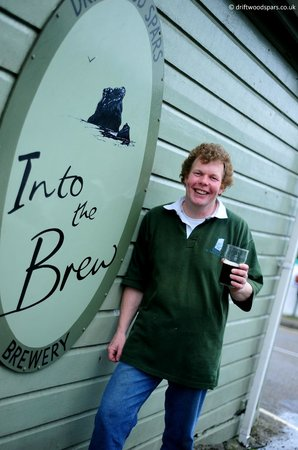 The Driftwood Spars B & B : Pete the Brewer! By the brewery