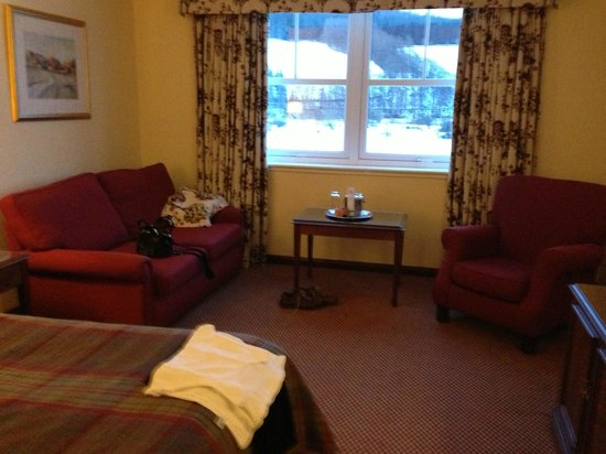 Macdonald Cardrona Hotel, Golf & Spa :                   Bedrooms 210
