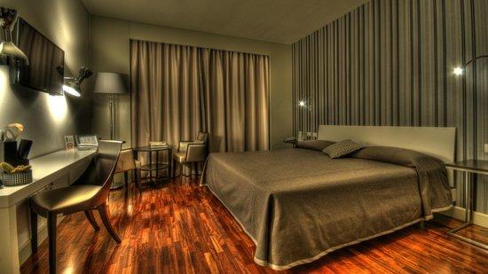 다티니 호텔
