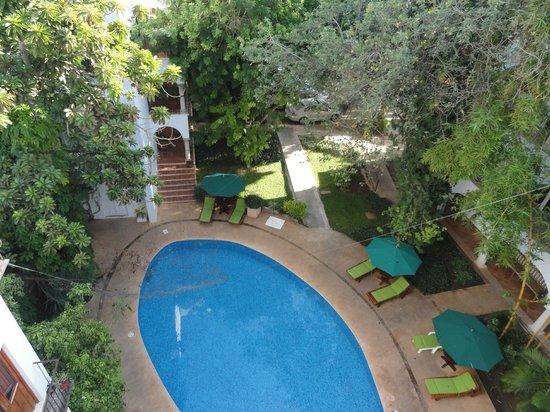El Meson del Marques:                   La piscine vue de la chambre