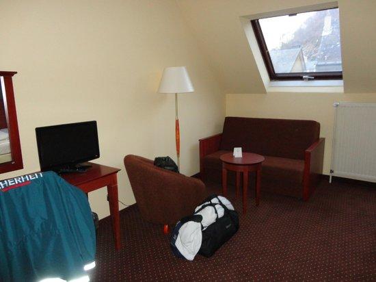 City Hotel :                   Zimmer Innenansicht