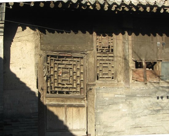 Jimingyi Post House :                                     like many others, not too late to be saved