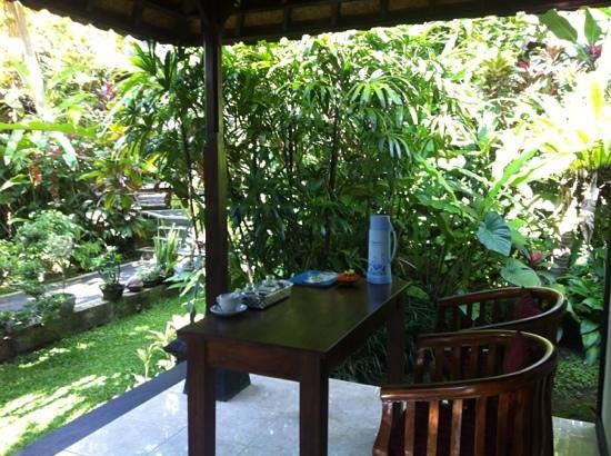 Sama's Cottages and Villas: my veranda