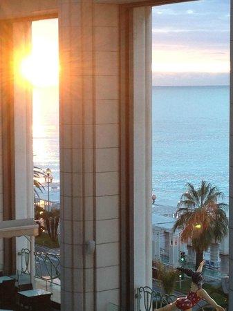 Hyatt Regency Nice Palais de la Mediterranee:                   Blick vom Balkon am Morgen