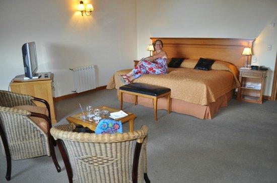 Hotel Villa Huinid Bustillo: La cama y almohadas super comodas