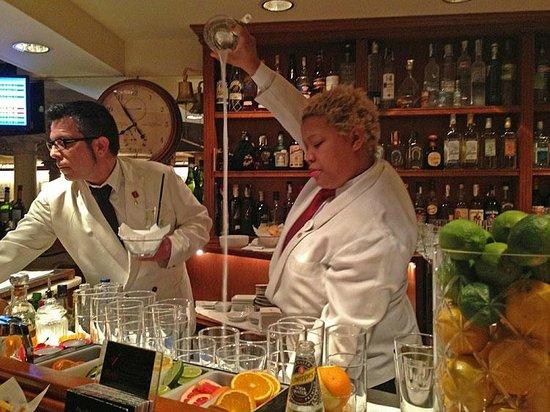 Milano Cocktail Bar:                                     Milano Bar, Barcelona