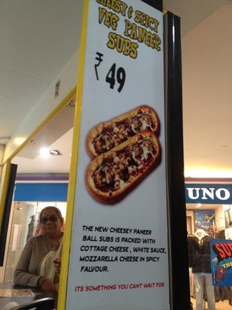 Hungry Danial's : cheese subs