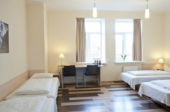 Corner Hotel: Standard room