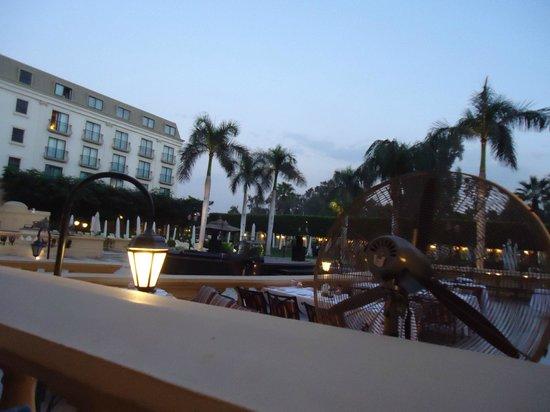 Concorde El Salam Hotel:                   .