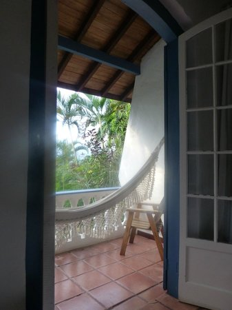 Pousada Picinguaba: A view to the balcony and its hammock.