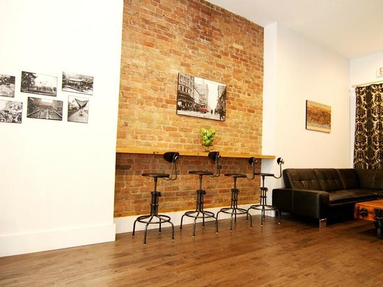 The Clarence Park: Guest Lounge
