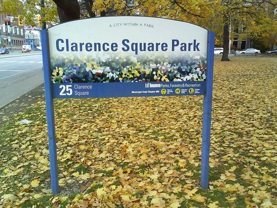 The Clarence Park: Clarence Square Park