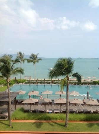 Hansar Samui Resort:                   view of pool and beach from our room