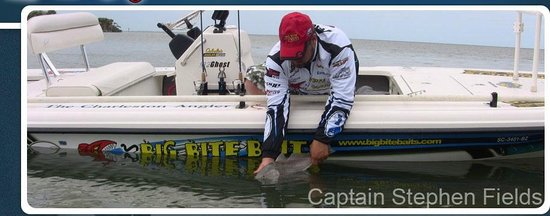 Fields Fishing Charters: Pro Tour Redfish Release