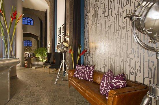 Hotel Alta Las Palomas: reception