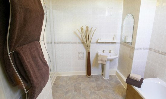 The Melrose Guest House: Bathroom @ Melrose, Whitley Bay