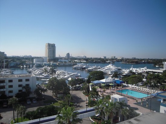 Bahia Mar Fort Lauderdale Beach - a Doubletree by Hilton Hotel:                   One of the great views from our balcony!