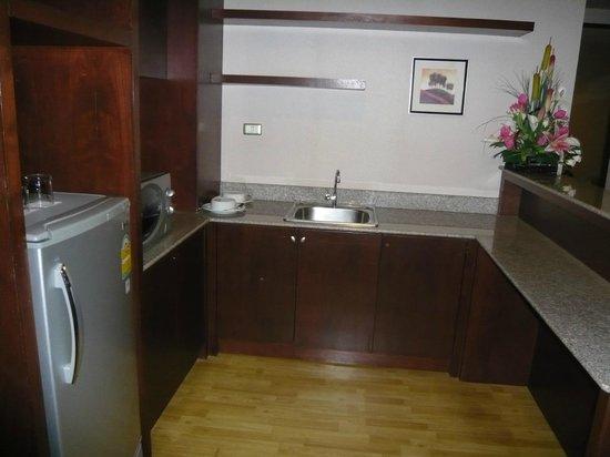 Bhukitta Hotel & Spa: kitchen area