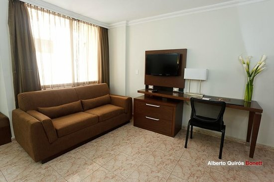 Hotel Coral Suites: Estudio