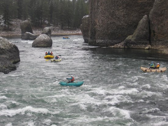 Rafters on the Spokane River at Riverside State Park (New Years Day)