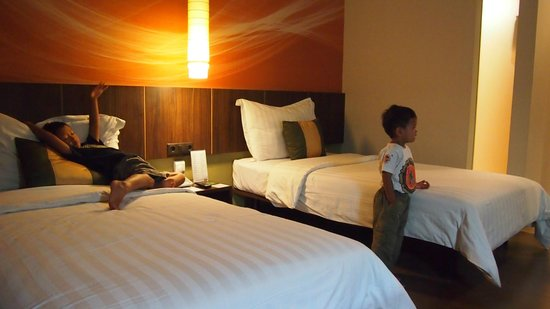 Aston Primera Pasteur Hotel & Conference Center: the room