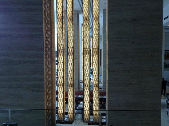 Hotel Santika Premiere Slipi:                   interior ruang untuk breakfast, lunch dan dinner