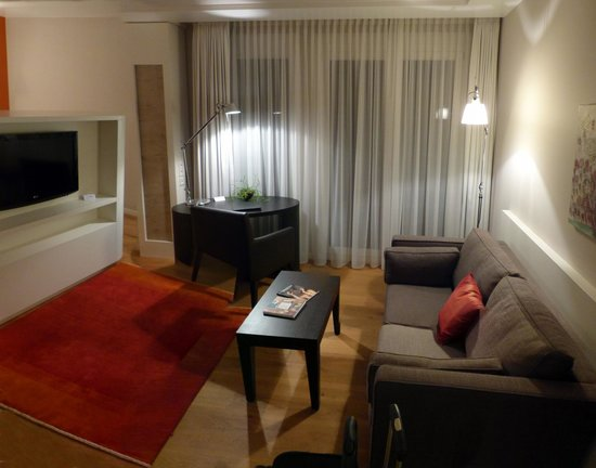 Parkhotel Stuttgart Messe-Airport: Sitzecke Junior-Suite