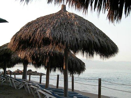 Canto Del Sol Plaza Vallarta:                   small beach area