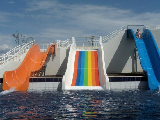 Hilton Dalaman Sarigerme Resort & Spa:                                     Children's water slides