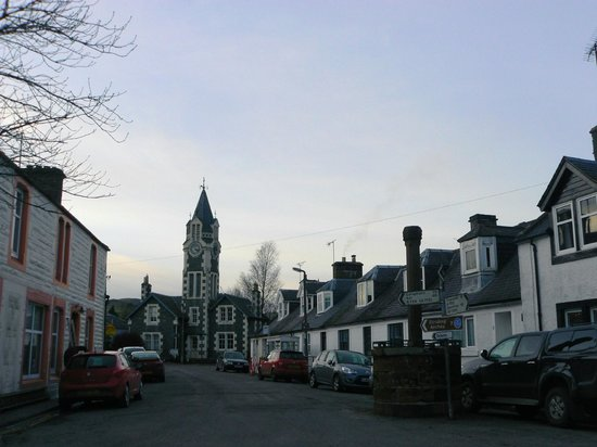 Craigdarroch Arms Hotel:                   Looking up the main street of Moniaive.