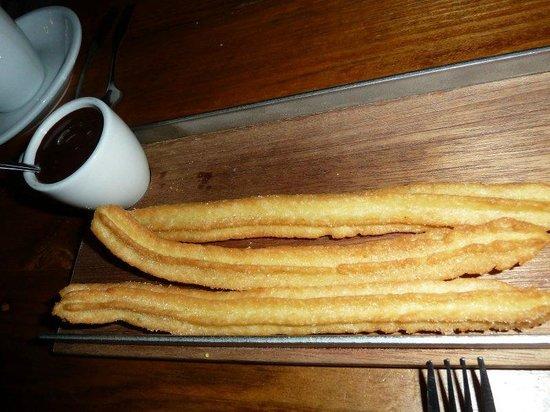 Toro Bravo: churros and hot chocolat dip