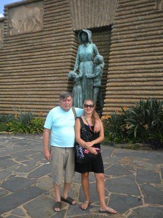 Linga Longa Guest House:                   Monumento ao colono  Boer em Pretória SA