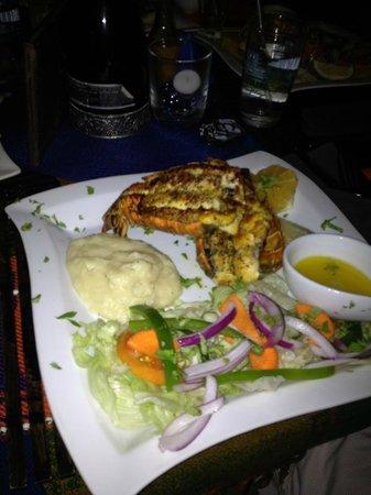 Aji Tapa Bar & Restaurant: lobster tails