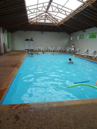 Hotel Fazenda Areia que Canta:                   Piscina coberta e aquecida