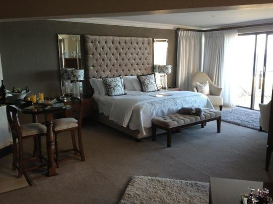 African Oceans Manor on the Beach:                   president suite