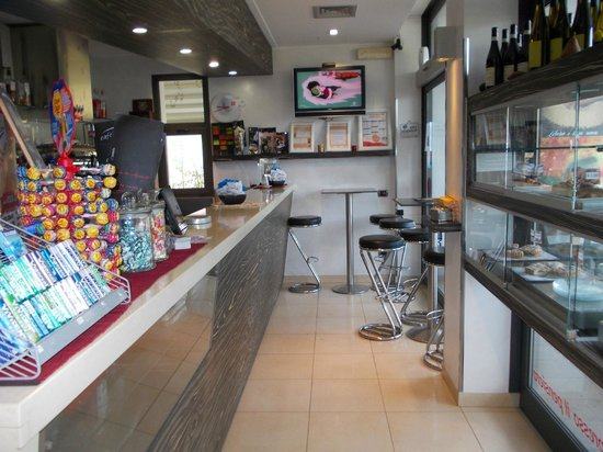 ... basilico - Picture of Cafe Pizzeria Zebrano, Imperia - TripAdvisor