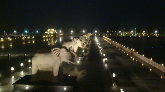 Image result for Marine Drive lucknow