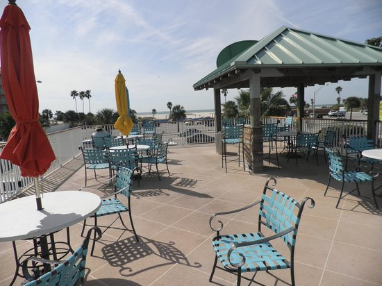 Treasure Bay Resort & Marina: rooftop lounge