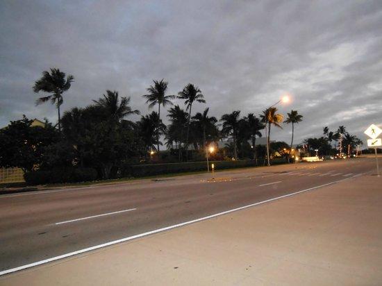 BEST WESTERN Key Ambassador Resort Inn:                   early morning across street view