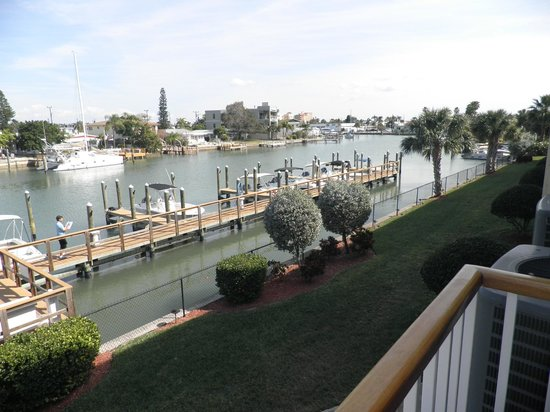 Treasure Bay Resort & Marina: View of intercoastal from fitness center balcony